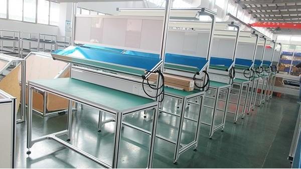 新型铝型材操作台有哪些不一样的配置