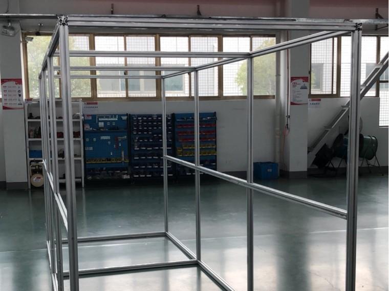 澳宏为您解答:用工业铝型材搭建无尘室洁净棚隔断需要用到哪些配件?