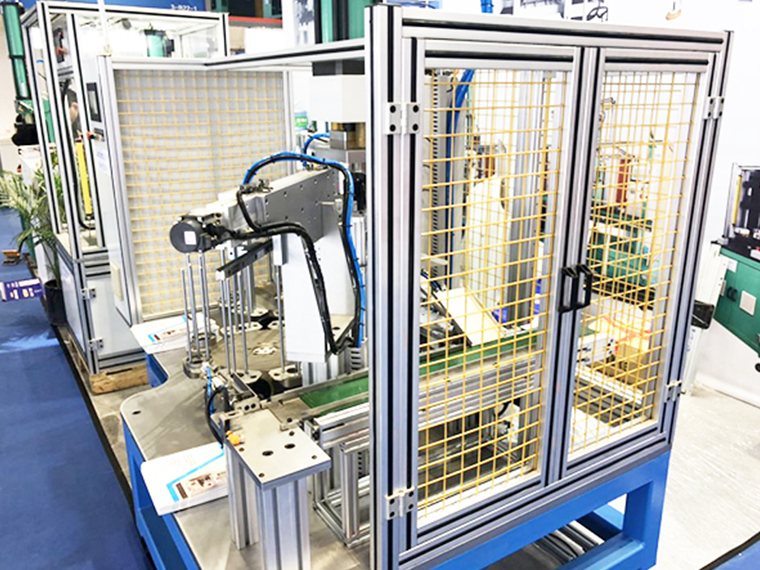 工业生产铝型材架子安装如何提升精度?-澳宏工业铝型材