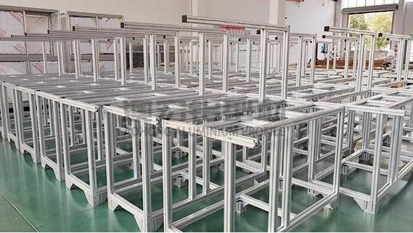 影响铝型材框架使用寿命的几个因素