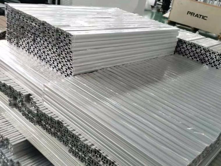 11月全球铝型材环比降16万吨至519万吨