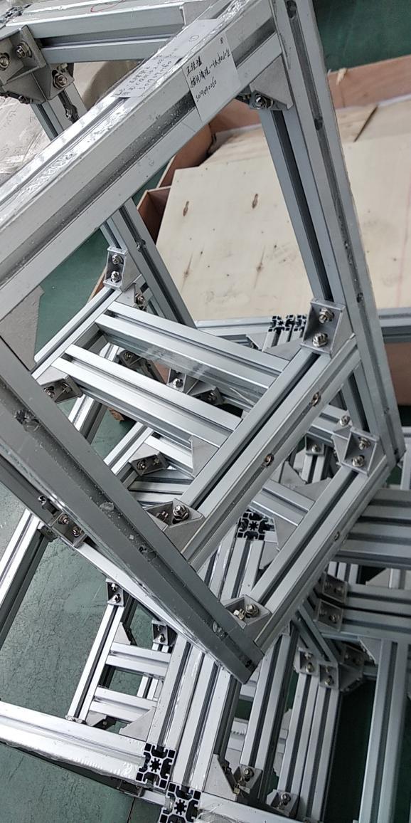 铝型材组装