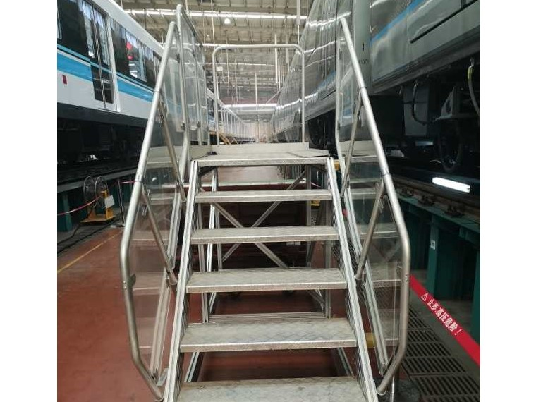 车间桥架踏步-澳宏铝业一家专注生产铝型材桥架踏步的工厂