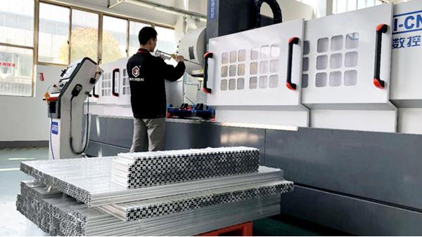 铝型材CNC加工的工序