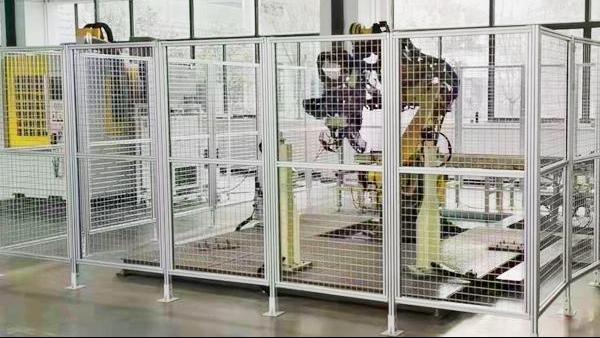 工业铝型材围栏由哪几个部分组成的?
