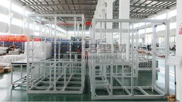 铝型材系列知识之如何除去工业铝型材框架上的灰尘油污
